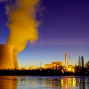 SCIENTISTS: NUCLEAR ENERGY IS A WASTE OF TIME